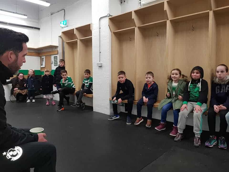 Stephen Bradley talking to the Junior Hoops